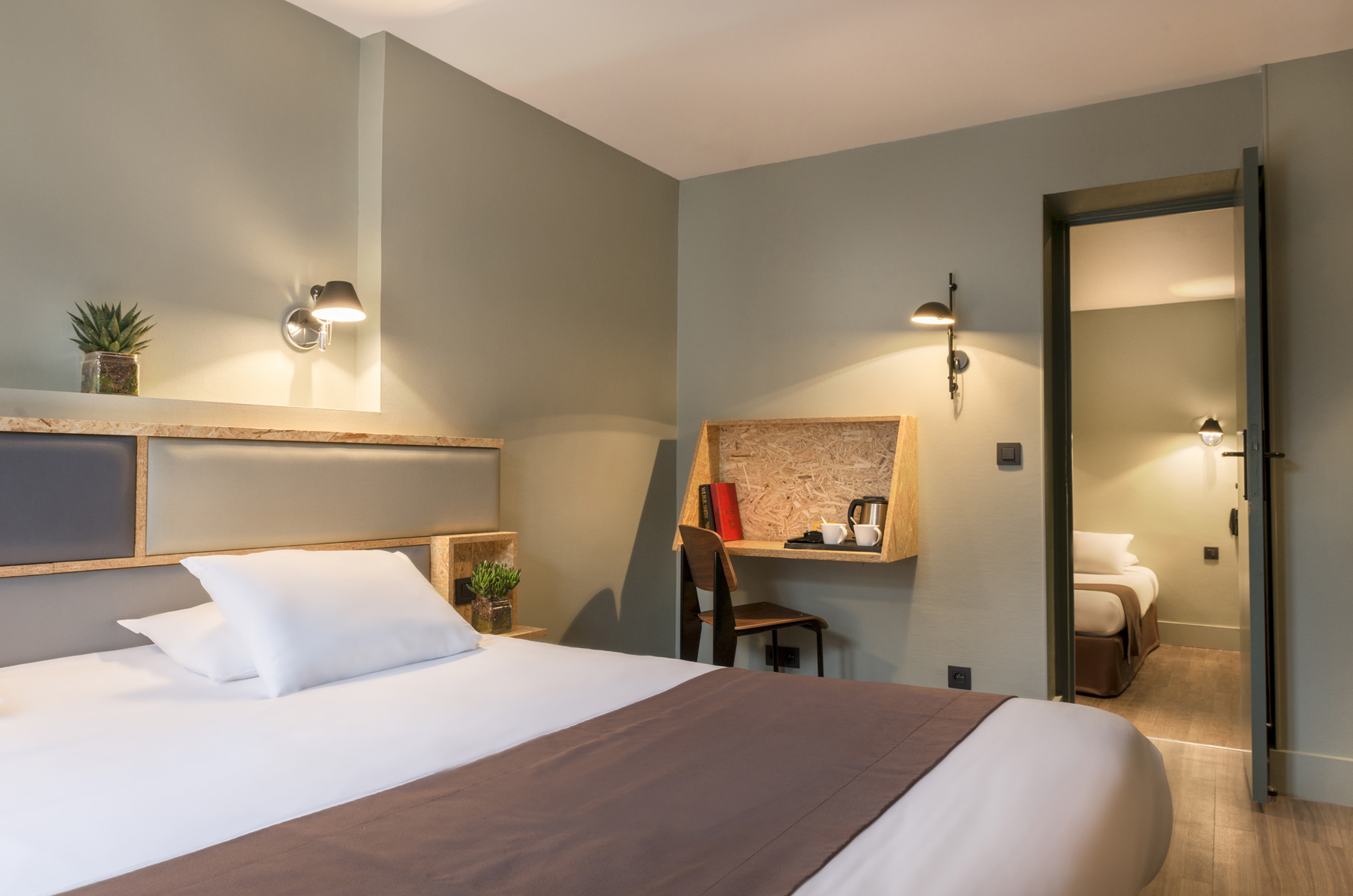 hotel paris abbesses